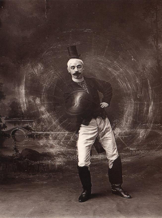 Movimientos cinéticos producidos por la exposición fotográfica. Harrison Putney. H. Lissik artista de circo 1886