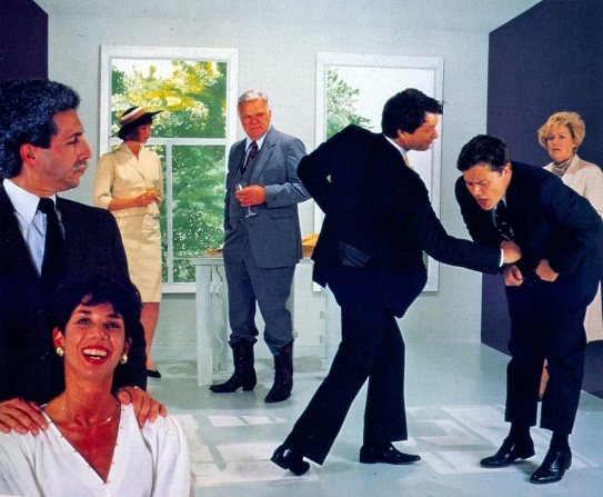 (1986). Los creadores de la posmodernidad han alterado los significados históricos de veracidad y realismo de las producciones fotográficas.