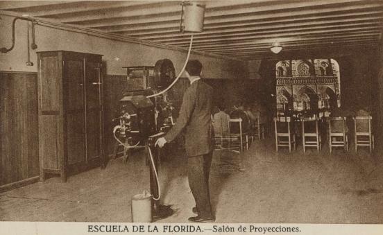 Madrid. Escuela de la Florida, salón de proyecciones
